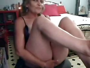 Latina shay evans gives blowjob to johnny castle porn